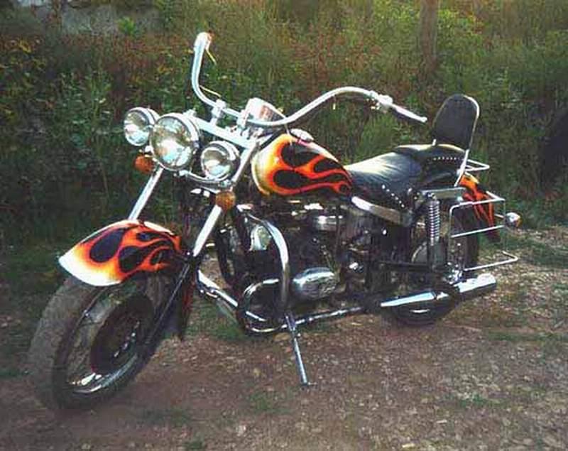 Мотоцикл старого образца все запчасти
